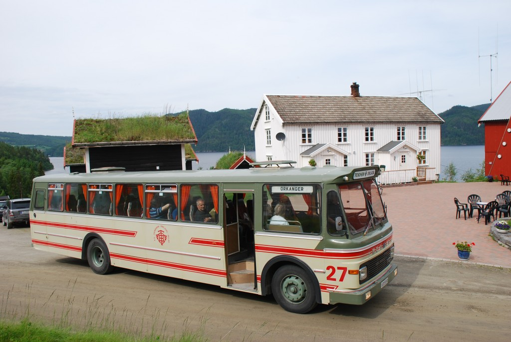 VD55111 Scania B110-63 Vest type 3 1973 Bussen ble kjøpt av Trondheim Orkladal Bilruter med internnr. 27. Den ble senere med inn i Hemne Orkladal Bilruter da TOB fusjonerte med Hemne og Vinje Billag. Bussen eies av HOB veteranklubb, men brukes en del av RHF Trøndelag på kjøreoppdrag. (bilde)